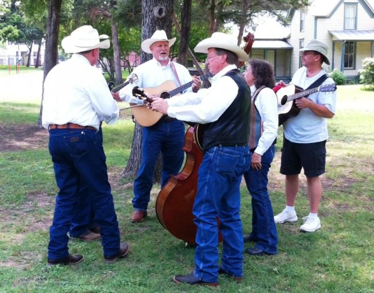 Bobby Giles & Music Mountain, 2nd Place, 2014 Front Porch Showdown Bluegrass Band Contest. Photo courtesy Gary Smith.