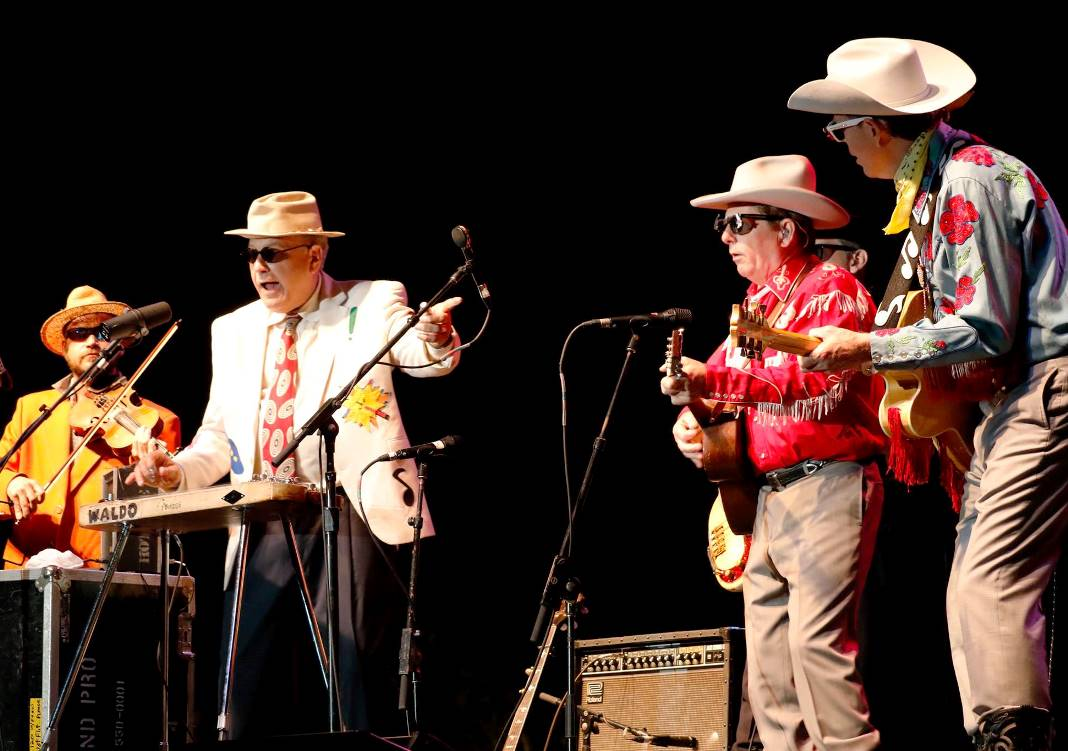 Red Knuckolls & The Trailblazers at Bloomin' Bluegrass Festival 2015. Photo by Nathaniel Dalzell.