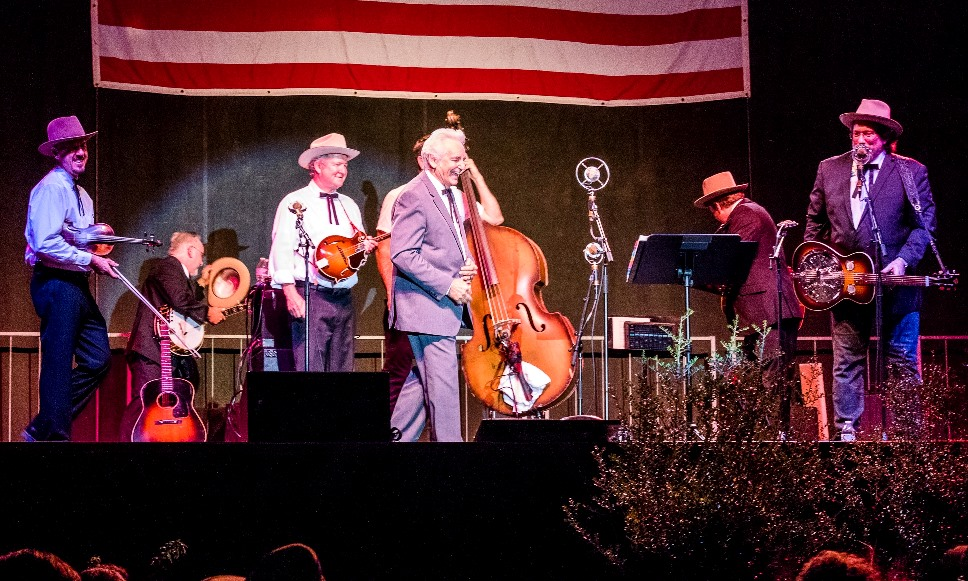 Del McCoury with the Earls of Leicester (Oct 2017)(photo by Nate Dalzell)
