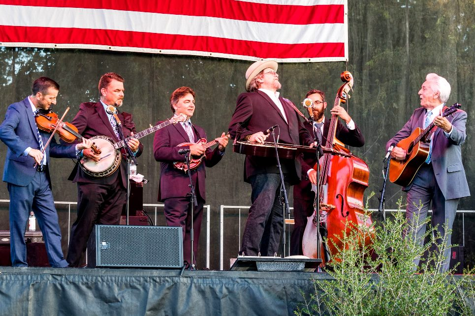 Jerry Douglas with Del McCoury Band (Oct 2017)(photo by Nate Dalzell)