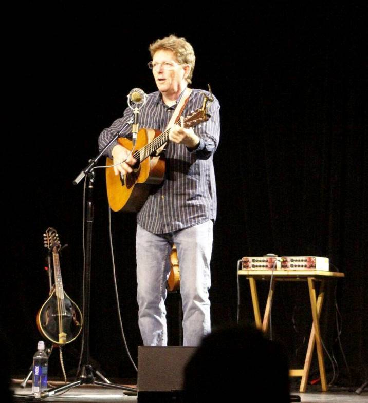 Tim O'Brien at McKinney Perf Arts Ctr (11-4-2017) (photo by Julia Sandoz)