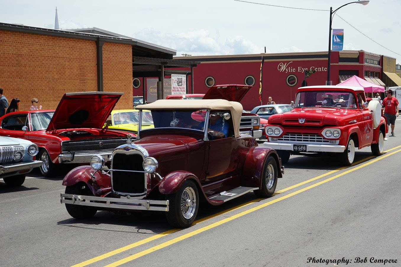 The car show at Wylie Jubilee 2015 (by Bob Compere)