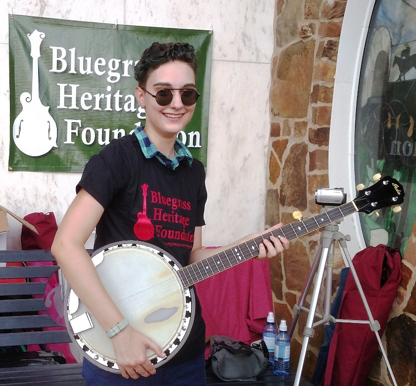 Patience Newsom and her Play It Forward! program banjo at Wylie Jubilee 2016