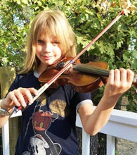 Lylah Clark Playing Fiddle